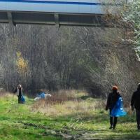 2016-04-02 Upratovanie bratislavskych brehov 008a (1)